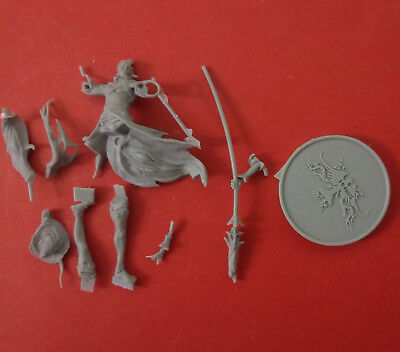 30mm resin kingdom death Disciple of the Witch THREE Unpainted Unbuild Z093