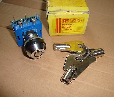 Radial 2-position Pin Keylock Switch, RS 334-864, with three keys