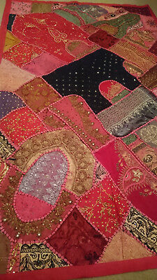 Moroccan Decorative Wall Hanging/ Throw - Pinks & Golds - Brand New - 151 x 97cm