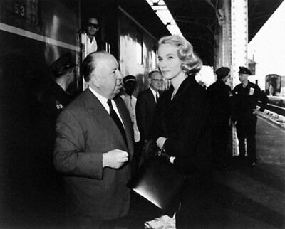 Alfred Hitchcock & Eve Marie Saint photograph - L1865 - North By Northwest