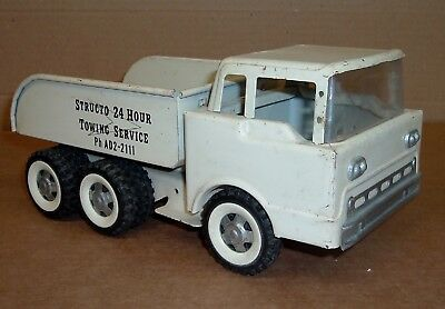 STRUCTO TOWING SERVICE OLD TOY TRUCK Original Missing Boom Vintage