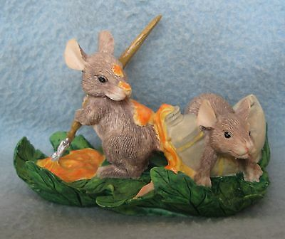 Silvestri Charming Mice Painting On Leave Mouse Figurine Figure