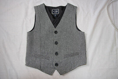 Children's Place Boys Vest Size 8 black and white