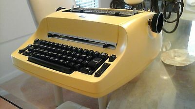 IBM Selectric typewriter overhaul & reconditioning