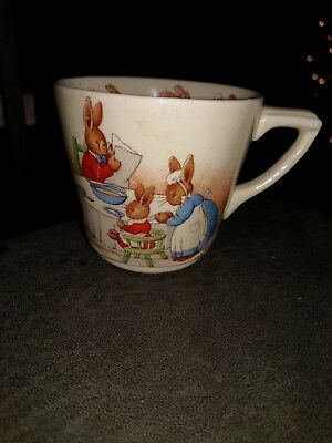 Bunnykins Royal Doulton Barbara Vernon Mug Soccer Family Dinner Signed