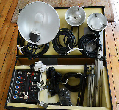 Photogenic Flashmaster Lighting Kit AA06 w/Power Pack, Excellent