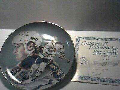 Wayne Gretzky Royal Manor Porcelain Commemorative Plate with COA Limited Edition
