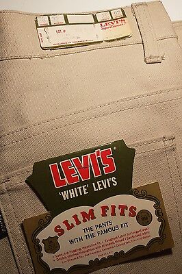 Vintage 1960's Big E Levi's Straight Leg Slim Fit Jeans SIZE: 28 Waist Cream