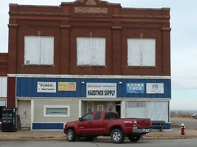 Large 15921 Sq. Ft. Former Grocery Store