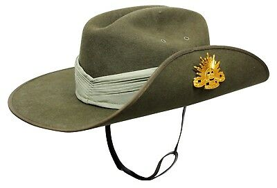 AUSTRALIAN SLOUCH HAT 59cm - VIETNAM ERA WITH PUGGAREE AND RISING SUN BADGE