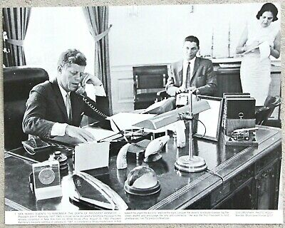 Vintage 11x14 Photograph President John F Kennedy JFK Oval Office Call to Amvets