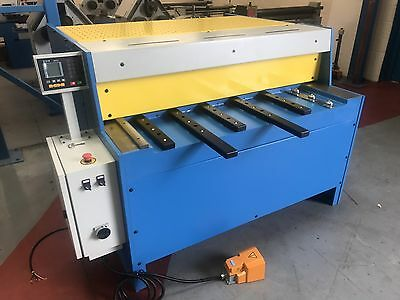 MACH -CUT 1300 X 4mm NC Control sheet metal guillotine