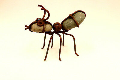 """Rustic Garden Decor Metal and Rock Ant Mexico 5"""" Inches"""