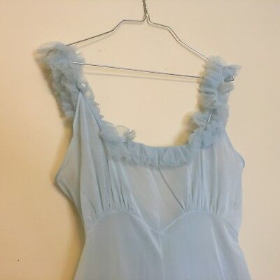 Vintage Vanity Fair Long Nylon Night Gown > Pale Blue > Negligee > Lingerie
