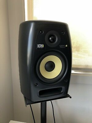 KRK VXT6 (2) / Monitor Stands / Cables
