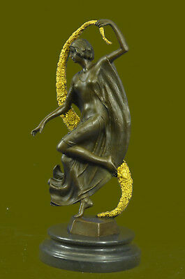SUPER DEAL Guirande (French, active 20th century), Art Deco style bronze