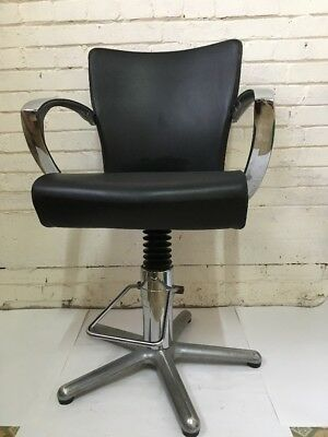 Hairdressers Barber Salon Chair Black & Chrome Swivel & Adjustable Height Tattoo
