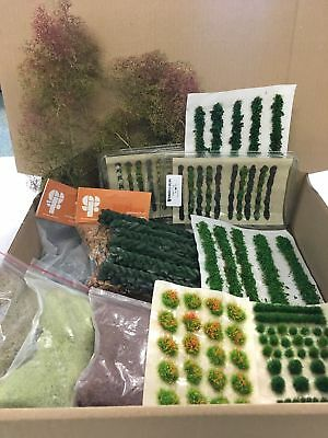 Modellers Scenery Bundle C - Railway Wargames Seafoam Grass Tufts Flock Static