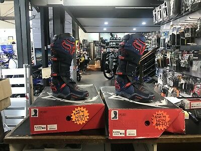 Fox Instinct Boots Size AU 8&9 (Blue and Red)