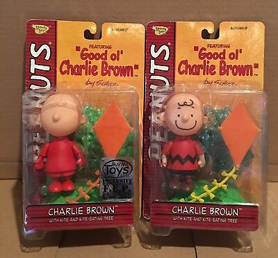 NIP Peanuts Memory Lane Set of 2 Charlie Brown Pilot and First Release 2002