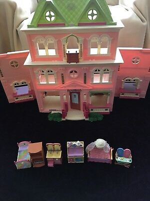 Fisher Price Loving Family Grand Mansion Doll House Pink & Green 2008 Mattel