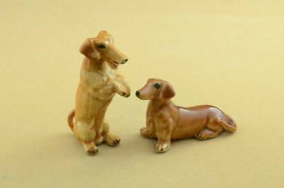 NEW TWO DACHSHUND DOG FIGURINE, SO NICE *Mint Condition*