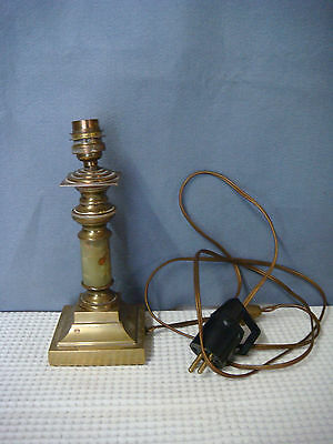 ancien pied de lampe a petrole marbre et bronze reservoir cristal taill eur 30 00 picclick fr. Black Bedroom Furniture Sets. Home Design Ideas