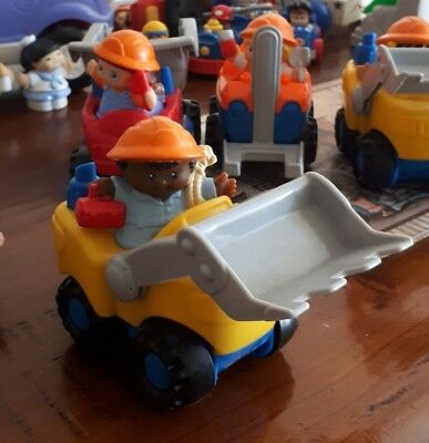 FISHER PRICE Toys Little People digger/tractor 2piece construction set EUC set1