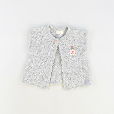 Chaleco color Gris marca DP…am 24 Meses