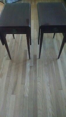 Pair of Pembroke style end tables (reproduction)