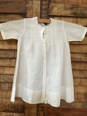 ANTIQUE WHITE COTTON HAND EMBROIDERED BABY, VICTORIAN DRESS. Christening.