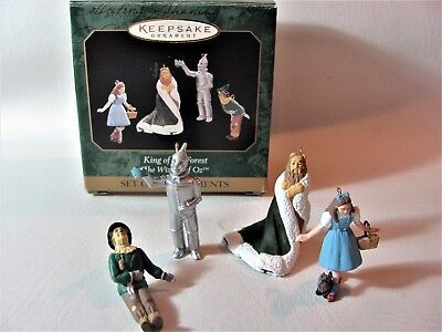 """Hallmark Keepsake Ornament King Of The Forest """"the Wizard Of Oz"""" 4 Miniatures"""
