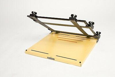 Saunders 11x14 Professional 4 Blade Heavy Duty Darkroom Easel In Good Condition
