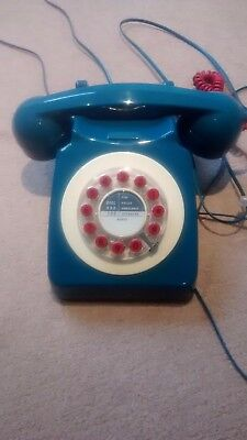 Retro phone: wild and wolf 746 1960s corded telephone - in petrol colour - used