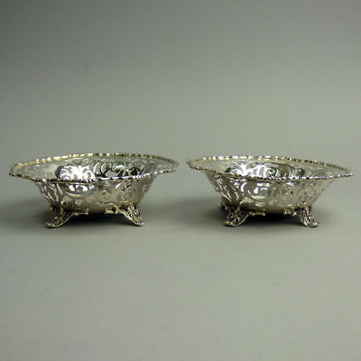 A Fine Pair Of George V Antique Silver Bon Bon Dishes London 1928 - 203 Grams