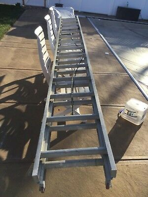 28' Ft. Sears Extension Ladder 225 Lb. Rating Medium Duty 2-14 Ft. Sections Used