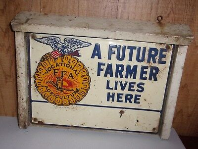 "Vintage Tin & Wood Sign "" A Future Farmer Lives Here """