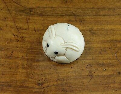 antique netsuke hand carved  rabbit Japan