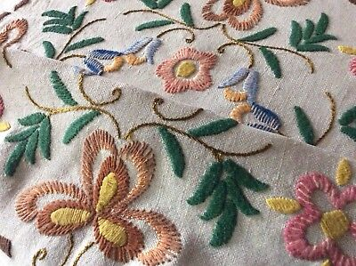 Large Vintage Linen Hand Embroidered Tablecloth ~ Beautiful Crewel Work Florals