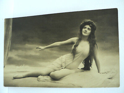 VINTAGE CPA GEORG GERLACH SUPERBE COMPOSITION EROTIQUE  c. 1905