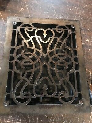 T 19 Antique Swirly Wall Or Floor Mount Heating Grate 9 5/8 X 11 1/2