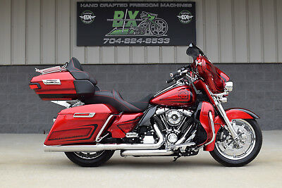2017 Harley-Davidson Touring  2017 FLHTK LIMITED LOW **MINT** $16K IN XTRA'S!! DRIPPING WET IN CHROME!!
