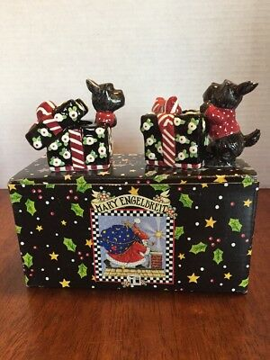 Mary Engelbreit Christmas Wish  Collection Candlesticks Scottie Dogs Pair 2000