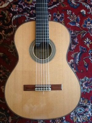 Alhambra Linea Professional - Left Handed mint condition