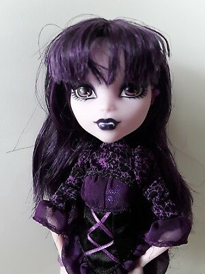 Monster high doll Elissabat Frights Camera Action excellent used cond