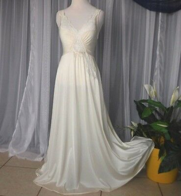 M.Cream bridal,92027 Vtg.Olga nightgown,lingerie,long nightgowns,106 flare skirt