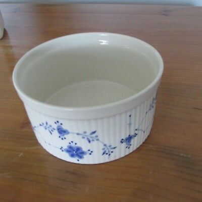 Franciscan DENMARK BLUE Souffle Dish ~ White Background with Blue Floral Design