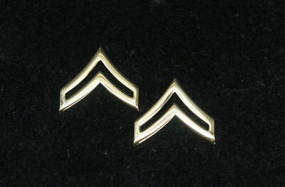 Corporal Two 2 Cpl E-4 22Kt Plated Regulation  Chevron Lapel Hat Pin Us Marines