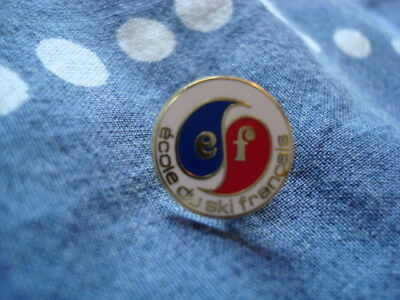 Insigne ESF pin's neuf