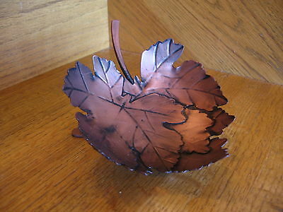 Longaberger Oak Leaf Stand Wrought Iron New Collectors Club nice *free shipping*